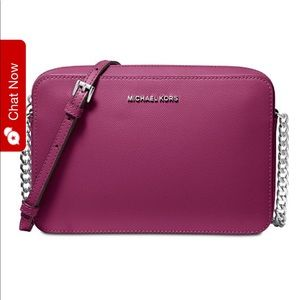 Michael Kors Jet Set Crossbody in Pink